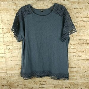 Hannah Blue XL diagonal cap sleeve t-shirt